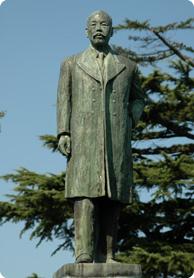 大矢四郎兵衛銅像
